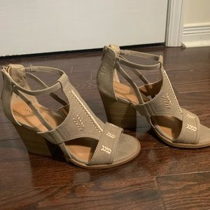 Maurices Ankle Chunky Heel Sandals